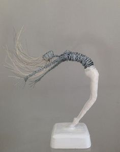 Rachel Ducker | Rachel Ducker Wire Sculpture