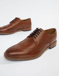 2fc37faee0a93 50 meilleures images du tableau Chaussures en cuir   Fashion shoes ...
