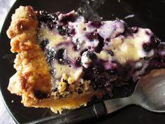 Mustikka-mascarponepiirakka Finnish Recipes, Baking Recipes, French Toast, Muffin, Sweets, Breakfast, Desserts, Tarts, Beverage