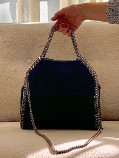 Used Stella McCartney Falabella Foldover Bag Black Source by abbyplovesbags Bags for work Fall Handbags, Handbags On Sale, Black Handbags, Purses And Handbags, Chanel Handbags, Stella Mccartney Bag Falabella, Stella Mccartney Purse, Stella Bag, Luxury Handbag Brands
