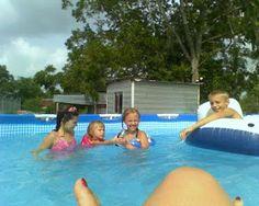 Pink Stinx: Swimming Pool Games Free Pool Games, Pool Games To Play, Fun Water Games, Swimming Pool Games, Cool Swimming Pools, Cool Pools, Pool Fun, Summer Camp Games, Camping Games