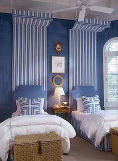 Great use of pattern, blues