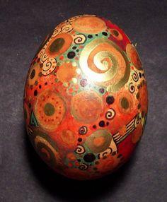 Swirly painted egg 1 by MandarinMoon, via Flickr