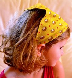 Jane of all Trades: Girl on the go headband - So many Google searches to find a tutorial for this!  It's exactly what I was looking to find.