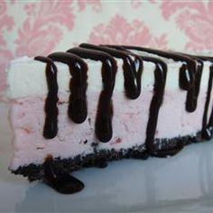 Frozen Desserts: Ice Cream Sundae Pie
