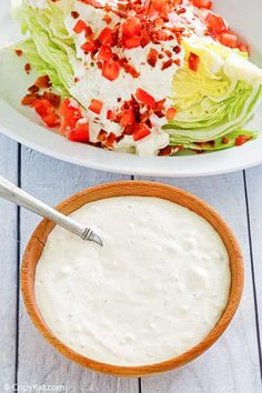 Blue Cheese Salad, Blue Cheese Dressing, Copykat Recipes, Sauce Recipes, Yummy Recipes, Blue Cheese Recipes, Salad Dressing Recipes, Salad Dressings, Chart House