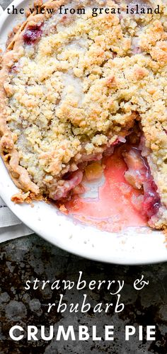 Strawberry Rhubarb Crumble Pie ~ strawberries and rhubarb combined in a one crust crumble topped pie for an easy spring dessert! #easy #recipe #pie #strawberry #rhubarb #spring #easter #crumble #dessert #mothersday #baking #homemade #best #fromscratch #4thofjuly #potluck #blueribbon #summer Pie Crumble, Crumble Topping, Easy Strawberry Rhubarb Pie, Easy Rhubarb Crumble, Strawberry Crumble Recipe, Strawberry Cupcakes, Strawberry Desserts, Easy Pie Recipes, Sweet Recipes