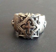 Signed 925 Sterling Silver Vintage Ring Size 8 Budded Iron Cross Catholic 1108