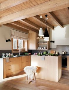 White Furniture, Kitchen Furniture, Kitchen Interior, Wood Furniture, Made To Measure Furniture, Furniture Making, Diy Kitchen Remodel, Marble Countertops, Interior Design Studio