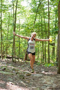 happy people running on trails #salomonrcrun