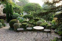 nicole de vesian - French landscape designer