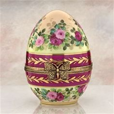 """Limoges 5"""" Roses Egg witg Butterfly Clasp Box The Cottage Shop"""