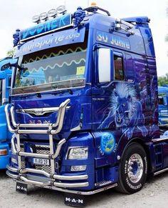 Air-Brush-Trucks added a new photo — with Ciprian Bocâncă. Train Truck, Road Train, Custom Big Rigs, Custom Trucks, Show Trucks, Big Trucks, Brush Truck, Heavy Truck, Trailer