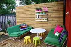 Love this garden set up.