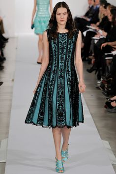 Oscar de la Renta Pre-Fall 2013 - Review - Fashion Week - Runway, Fashion Shows and Collections - Vogue