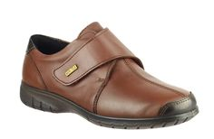 Cotswold Cranham Ladies Waterproof Touch Fastening Strap Shoe - Robin Elt Shoes  http://www.robineltshoes.co.uk/store/search/brand/Cotswold-Ladies/