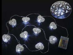Filo 10 luci LED a cuore in metallo a batteria cm 160 con luci+35solo cavoCuore: 5,7 x 5,3 H - Funziona con 3 pile stilo non incluse