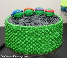 Torta delle Tartarughe Ninja con decorazioni in pasta di zucchero n.69