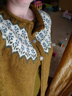 Bláithín by Kate Davies knitting pattern £4.50 on Ravelry at http://www.ravelry.com/patterns/library/blaithin special colours
