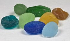 The sea glass you find on the beach can be one of many colors and some are much more rare than others, here is my complete guide.