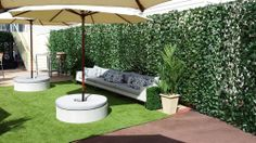 looks good from afar but janky up close Rattan Furniture, Outdoor Furniture, Outdoor Decor, New York Rooftop Bar, Apartment Backyard, Dog Cafe, Astro Turf, Hedges, The Hamptons
