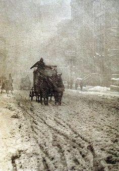 Winter on Fifth Avenue - 1893 - Photo by Alfred Stieglitz