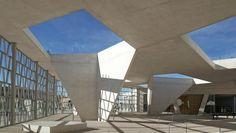 Nuevo colegio alemán de Madrid.  El colegio más bonito del mundo se ha construido en Madrid. World Architecture Festival premia el diseño del nuevo Colegio Alemán de Madrid. http://www.abc.es/viajar/noticias/abci-colegio-mas-bonito-mundo-construido-madrid-201611190151_noticia.html?ns_campaign=gs_ms&ns_linkname=boton&ns_source=tw&ns_mchannel=abc-es vía @abc_es