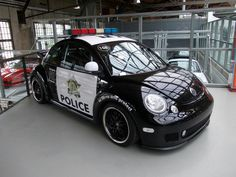 VW Cop car Vw Super Beetle, Beetle Car, Beetle Juice, Volkswagen, Weird Cars, Cool Cars, My Dream Car, Dream Cars, Vw Cars