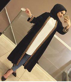 Image may contain: 2 people Abaya Fashion, Muslim Fashion, Modest Fashion, Fashion Outfits, Hijab Dress, Hijab Outfit, Muslim Dress, Cute Skirt Outfits, Casual Outfits
