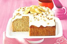 Easy banana yoghurt cake So simple just mix, bake and enjoy our healthy twist on a classic banana cake. Banana Yoghurt Cake, Yogurt Cake, Banana Bread, Banana Recipes, Cake Recipes, Dessert Recipes, Desserts, Winter Cakes, Food Cakes