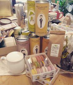 Con una tazá de #té... Ya sabéis todo cambia y más aún si tienes cerca algo #dulce como estos #macarons #artesanos o estás #pastas #bio de #paulandpippa . Feliz #juernes ;-) #malasañamola #condeduquegente #madrid #foodies #yummy #sweet #teaexperiences #gourmet #love and #tea by tevallegourmet