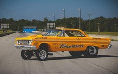Nhra Drag Racing, Auto Racing, Old School Muscle Cars, Cool Car Pictures, Mercury Cars, Custom Muscle Cars, Ford Classic Cars, Fancy Cars, Vintage Race Car