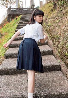 Japanese School Uniform, School Uniform Girls, Japanese Mythology, Japanese Girl, Asian Beauty, Pretty Girls, High Waisted Skirt, Tulle, Pin Up