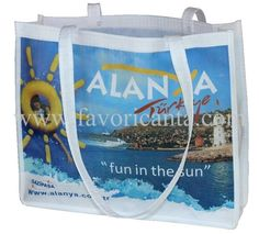 Plaj Çantası - Otel Çantası - Beach Bags by Hasan Akdogan, via Behance Printed Tote Bags, Four Square, Paper Shopping Bag, Prada, Gucci, Prints, Fun, Behance, Printed