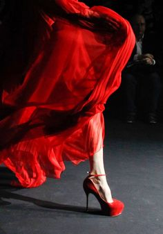 Flowing John Galliano with to die for shoes