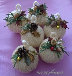 Christmas balls madre with knooking