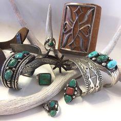 Bracelets, Rings