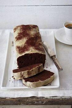 Unser beliebtes Rezept für Schoko-Kirsch-Kuchen mit Baileys-Glasur und mehr als 55.000 weitere kostenlose Rezepte auf LECKER.de.