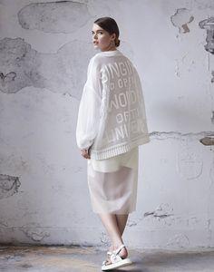hannah jenkinson. fashion. knitwear. embroidery.