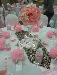 I love this baby shower for A baby girl