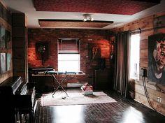 The Velveteen Lounge 10 Ideas On Pinterest Velveteen Recording Studio Design Lounge