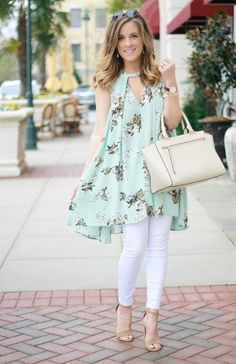 Re crazy over this spring tunic dress одежда учителя, пла Kurta Designs, Blouse Designs, Dress Designs, Casual Dresses, Casual Outfits, Fashion Dresses, Stylish Dresses, Indian Fashion, Womens Fashion
