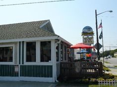 MacElwee's Seafood: Tybee Island, GA. Tybee Island Restaurants, Tybee Island Georgia, Best Dining, Savannah Chat, Places Ive Been, Trip Advisor, Seafood, City, Awesome
