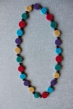 Naszyjnik z filcu  w odcieniach pastelowych