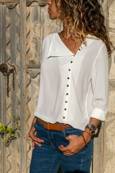 Blouse 2020 Fashion Long Sleeve Women Blouses and Tops Skew Collar Solid Office Shirt Casual Tops Blusas Chemise Femme Blouse Styles, Blouse Designs, The Office Shirts, Long Blouse, Mode Inspiration, Mode Style, Casual Tops, Blouses For Women, Casual Outfits