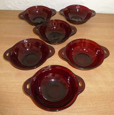 Berries Ruby Red Berry Bowls Nuts Appetizers Anchor Hocking  ROYAL RUBY Coronation Pattern for Desserts
