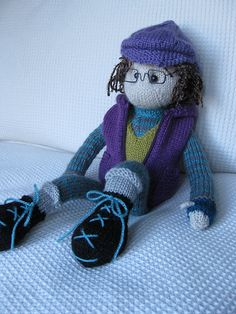 knit doll  Skiier with Boots   *N*