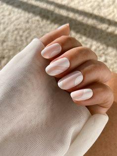Toe Nails White, Brown Nails, White Nail Art, Oval Acrylic Nails, Oval Nails, Short Pink Nails, Light Pink Nails, Short Nail Manicure, Bridesmaids Nails