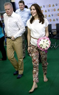 Crown Princess Mary of Denmark and development minister Rasmus Helveg Petersen and Ambassador Mikael h. Winther visit UNFPAs youth centre in  Myanmar, 10.01.14