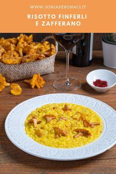 Il #risotto #finferli e #zafferano è un primo piatto molto saporito in cui i #funghi sono protagonisti: proponilo per un'occasione speciale! Uniti allo zafferano e stufati brevemente con qualche aroma sprigionano tutta la loro intensità, da servire in abbondanza riempendo bene il piatto. Italian Recipes, Vegan Vegetarian, Risotto, Macaroni And Cheese, Food Ideas, Ethnic Recipes, Mac Cheese, Mac And Cheese, Italian Soup Recipes